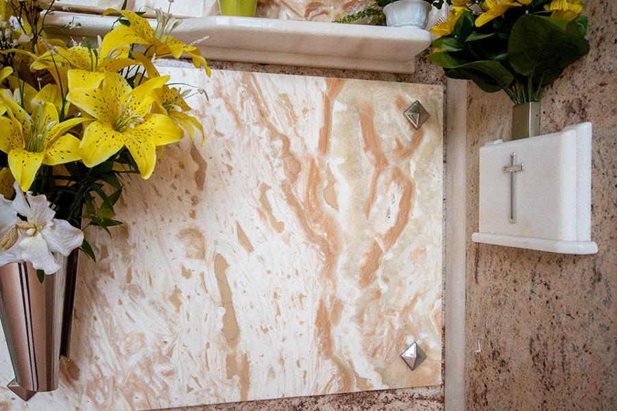Deca Marmi Arte Funeraria
